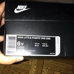 Nike little posite